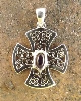 Fillagre Style Cross Set Amethyst