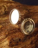 Oval Solid Back Rope Edge Silver Ear Stud Bezel