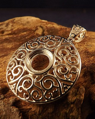 Fret work Silver Pendant Setting For Fitting 10mm Cabochon