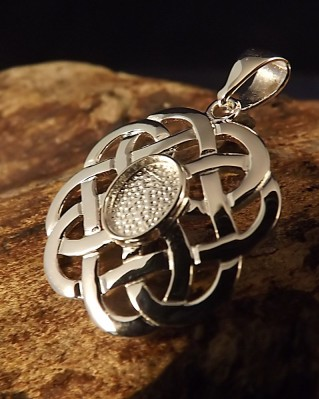 Celtic knot Pendant Setting For 8x6 Stone