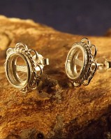Frill Edge Silver Stud Earring To Fit Cabochons. (for 7x5,8x6 Cabs)