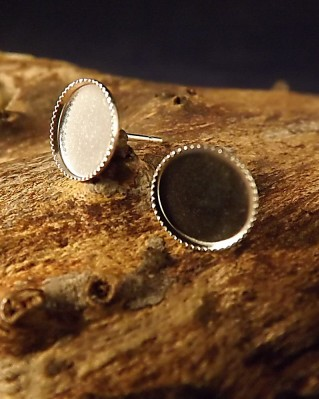 Light Weight Round ear Studs
