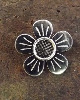 Silver Daisy Pendant for 8mm Cabochon