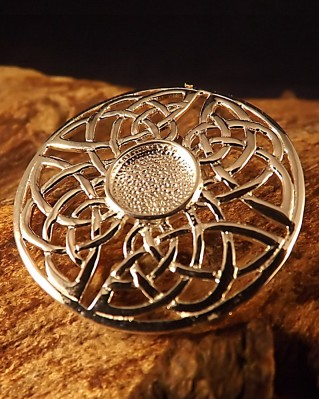 Round Silver Celtic Brooch Setting For 8mm Stone