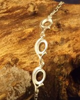 3 Stone Chain Bracelet Setting For 8x6 Cabochons