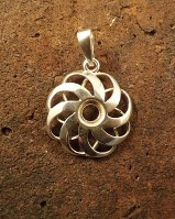 Solid silver fancy design pendant for 5mm