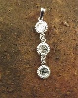 Three stone drop Pendant for 5mm stones