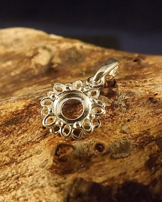 Silver Pendant Mount To Fit A 6MM Cabochon