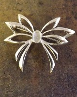Fancy Silver Brooch For 7x5 Stone