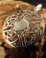 Round Celtic Pendant Setting For 8mm Stone