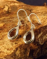 Silver Pear Shapped Eardrop Mount 8.5x5 Stone