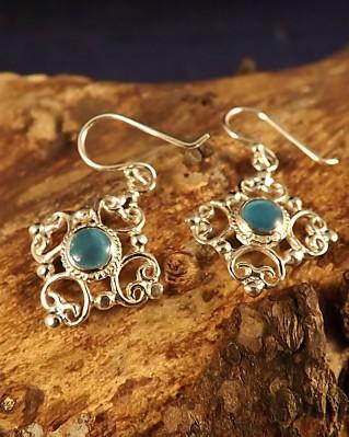 Fancy Dop Earrings With Stone