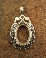Solid Silver Celtic Pendant For Setting 18x13 Cabochon