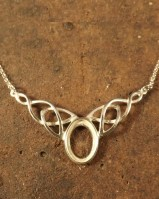 14x10 Celtic Pendant Setting With Chain