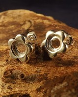Chunky Flower Studs For 6mm Cabochon
