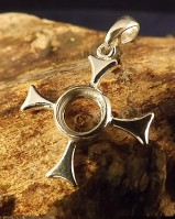 Sylish Silver Cross Setting To Fit a 8mm RoundStone