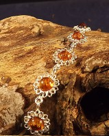 Stunnings Silver Daisy And Amber Bracelet