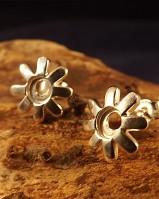 Daisy Stud Earring Settings For 5mm Stone