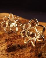 Stunning Flower Earring Mount For 6mm Stone