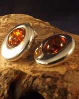 CLIP ON EARRINGS WITH AMBER