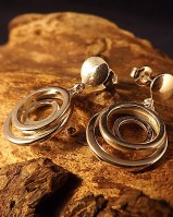 Fancy Round Drop Earrings For 8mm Stones
