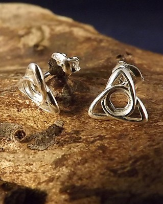 Simple Celtic Style Studs For 4mm Stones
