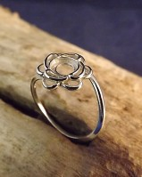 Silver Flower Adjustable Ring For 6mm Cabochon