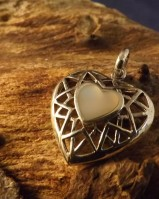 heart pendant with mother of pearl