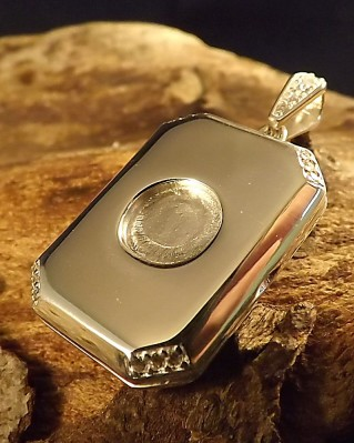 Silver Locket With CZ For 8mm Cabochon