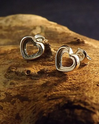 Silver Heart Stud Mounts Suitable Stones