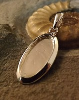 Solid Back Oval Pendant 21x10