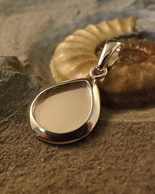 Tear Drop Solid Back Pendant For Resin Or Stones