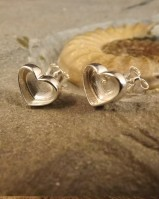 Solid Back Heart Studs