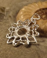 Lovely Light Weight Pendant Mount For 8mm Cabochon