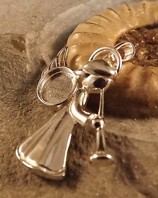Angel Memorial Pendant for 10x8 Cabochon Or Resin