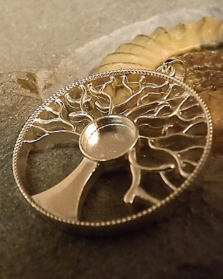Silver Tree Of Life Pendant Setting To Fit 8mm Cabochon Or Resin