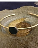 BANGLE OCTAGANAL WITH GREEN STONE